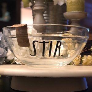 🆕 Rae Dunn STIR. Clear Glass Mixing Bowl